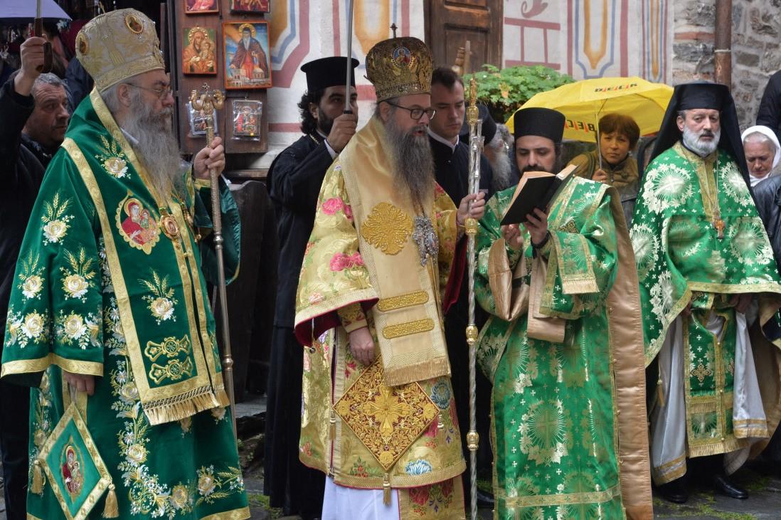 dsc_3812 Всемирното Православие - АРХИЕРЕЙСКА СВ. ЛИТУРГИЯ ПО ПОВОД ПРАЗНИКА НА РИЛСКИЯ МАНАСТИР